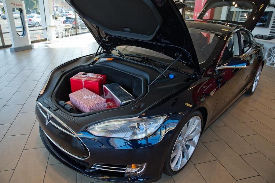 Tesla Model X цена в России