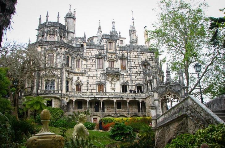 Самые потрясающие замки в мире (ТОП-23)
